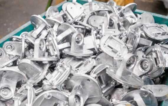 aluminum die casting in factory